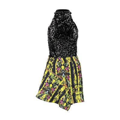 El estilo de Claire – spangles halterneck_Greedilous - print zip up skirt